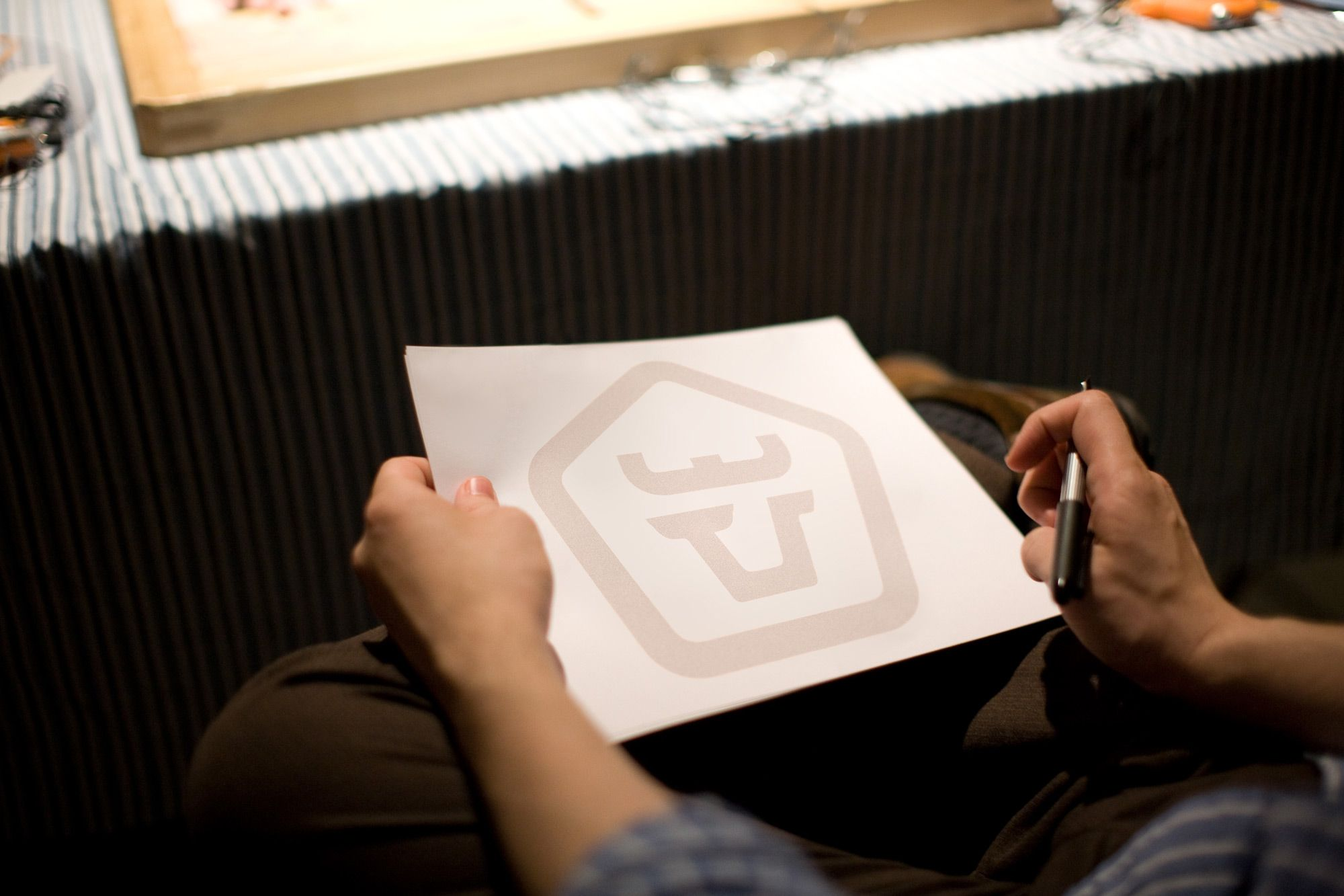 Логотип для TECH - дизайнер GreenRed